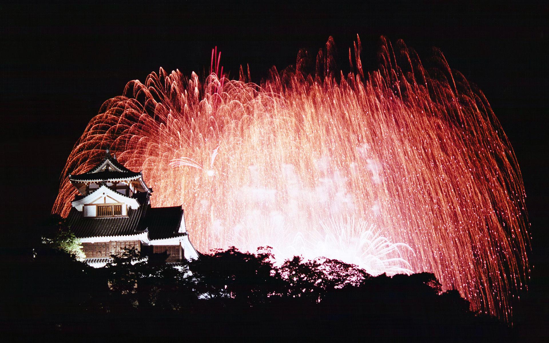 福知山城と花火